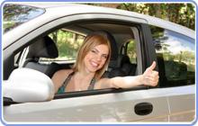 leiebil women in car